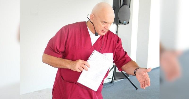 Бубновский: «Если начали болеть колени или поясница, запомните: никогда не прикасайтесь к…»
