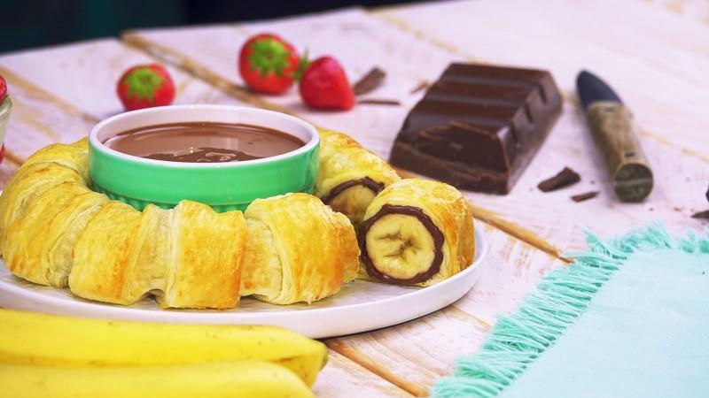 Попробовав этот десерт на курорте, решила приготовить дома. Всего 20 минут, и праздник живота обеспечен!