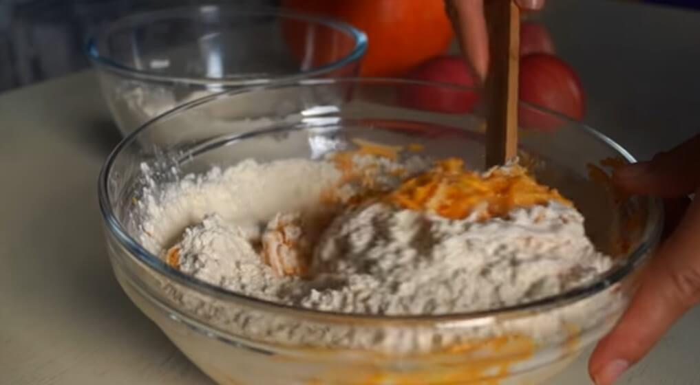 Оладьи из тыквы. Готовим тыквенные оладьи быстро и вкусно по простым рецептам