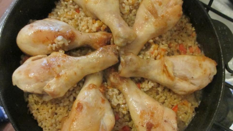 Полба с куриными ножками - рецепт особого блюда с необычной крупой
