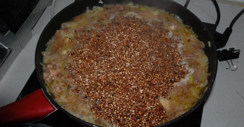 Как сделать гречневую кашу вкуснее. Ни грамма мяса, а все в полном восторге.