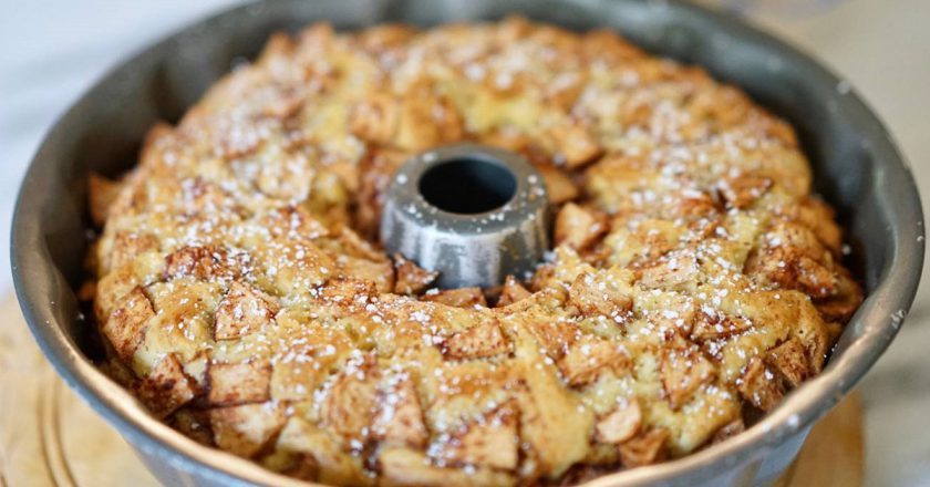 Воздушный «Еврейский пирог»: изумительное переплетение яблочных и ванильных ноток