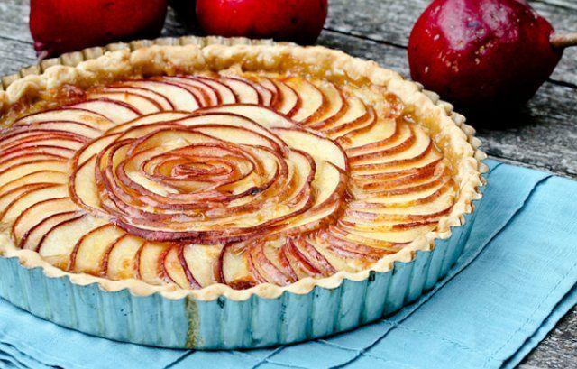 15 рецептов необычайно вкусных пирогов с грушей. Гости попросят добавки!
