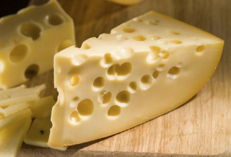 Как отличить настоящий сыр от сырного продукта с пальмовым маслом