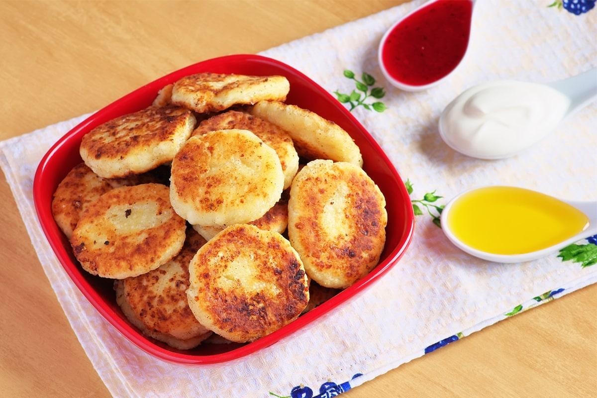 Зачем добавлять в сырники тертое яблоко рецепт замечательного блюда