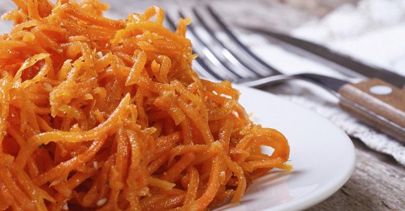 Морковь по-корейски: самый быстрый и самый лучший вариант.