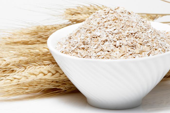 Отруби и с чем их едят: верный помощник в борьбе с лишним весом