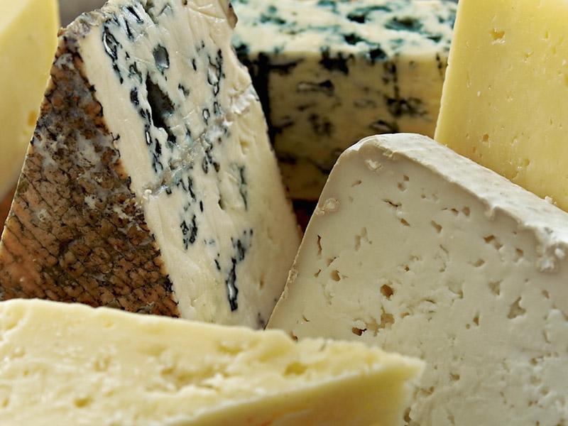 Для здорового сердца, съешьте кусочек сыра!