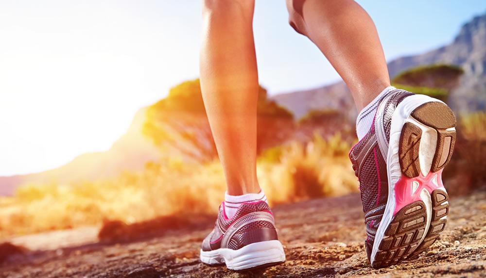 Обычная ходьба НАМНОГО полезнее, чем вы думаете! 11 причин ходить больше.